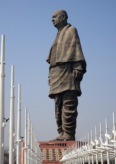 सरदार वल्लभ भाई पटेल का जीवन परिचय sardar Vallabhbhai patel Biography in hindi सरदार पटेल की जीवनी सरदार वल्लभभाई पटेल की प्रतिमा राष्ट्रीय एकता में सरदार पटेल का योगदान
